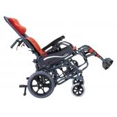 Karma KM-9580 高背輪椅